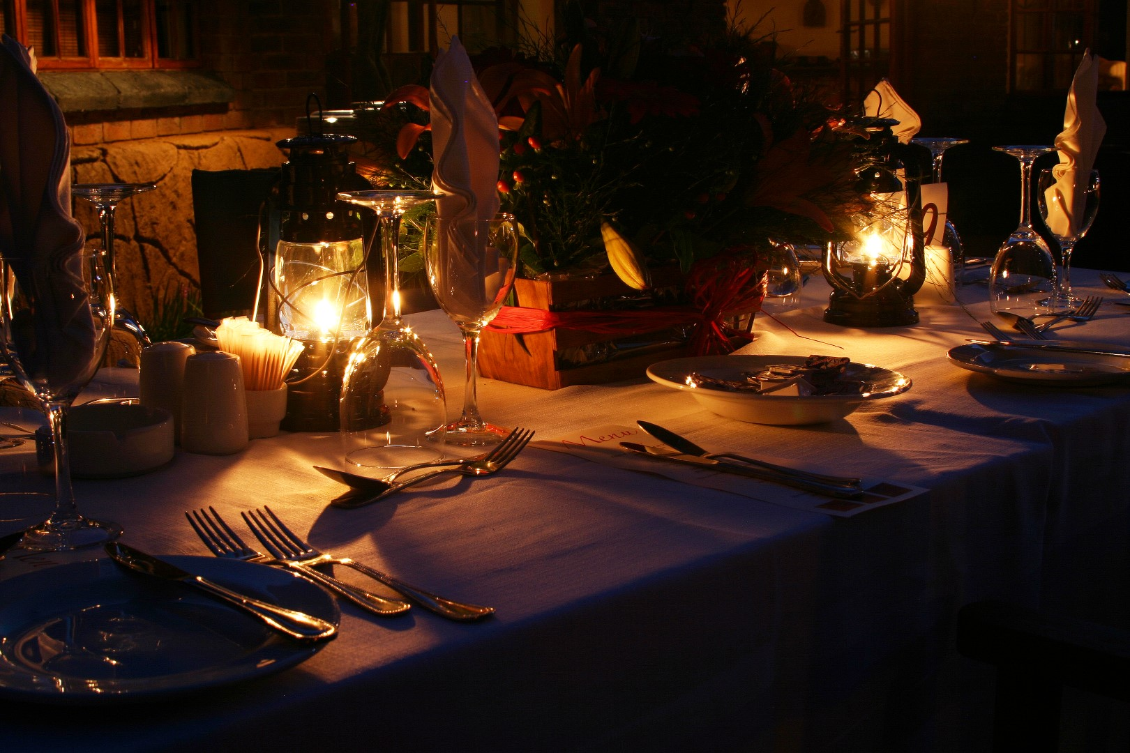 Restaurant De Bralle - diner by candlelight